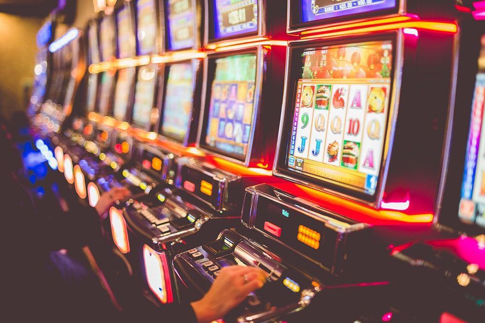 Игорный бизнес: В Украине планируют разрешить казино в 5-звездочных отелях и игровые автоматы в 3-звездочных « Новости | Мобильная версия | Цензор.НЕТ